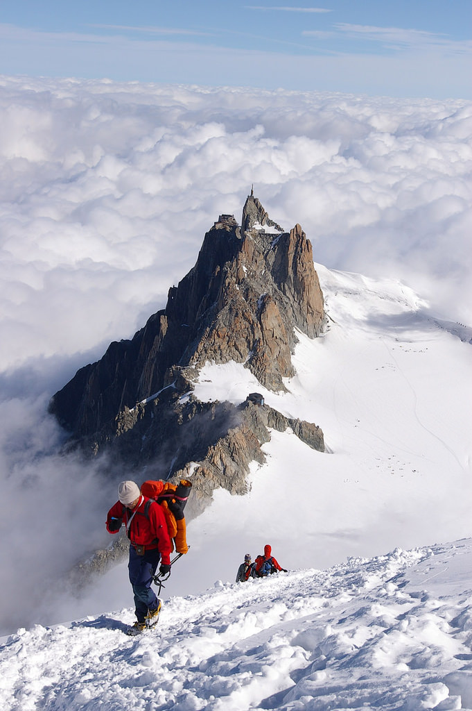 Mountaineers coming up from Aiguille du Midi near Chamonix, France (by nakwoodford).