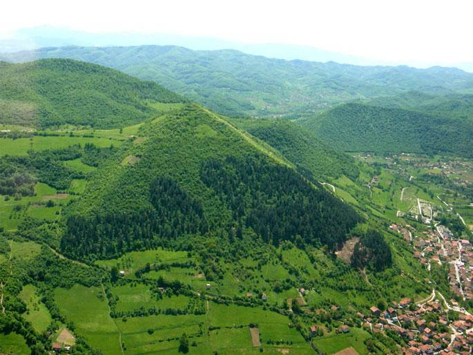 pyramids_in_bosnia