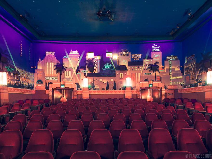 The Crest Theater, Los Angeles